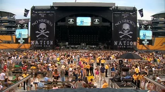 Kenny Chesney has come to Heinz field 5 of the last 6 years and inside ...